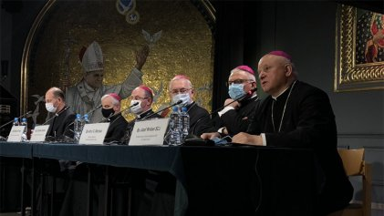 La Iglesia en Polonia quiere crear clínicas de conversión para LGBTIs