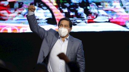 Boca de urna da ganador al candidato de Correa, pero no logra evitar la segunda vuelta