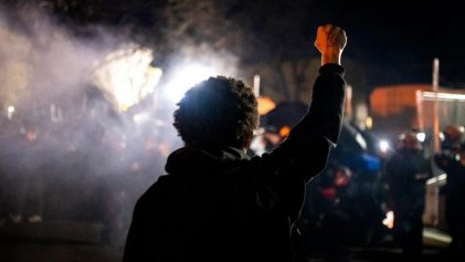Nueva manifestación contra la violencia policial es brutalmente reprimida con más de 100 arrestos