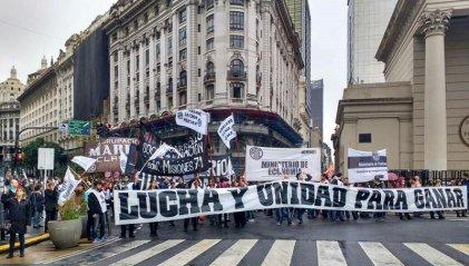 Dujovne despide: habrá protesta en defensa de los puestos de trabajo