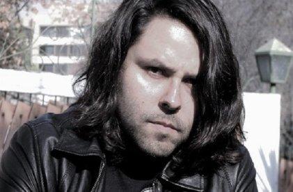 """Alberto Mayol: Antineoliberalismo con respeto a """"lo privado"""""""
