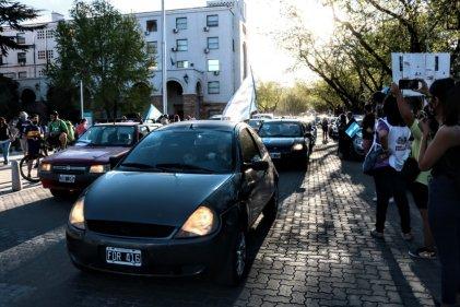 La postergación de la ley de educación en Mendoza se impuso en las calles